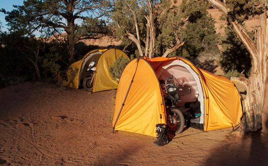 500x nomad motorcycle tent 1