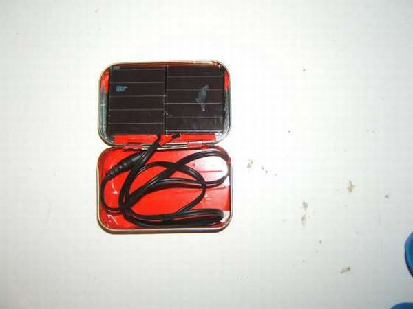 ALTOIDS TIN  Solar Cell Phone Charger