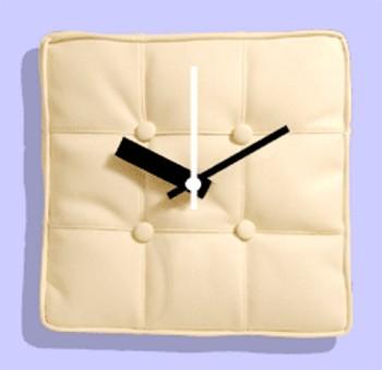barcelona cushion clock 2263