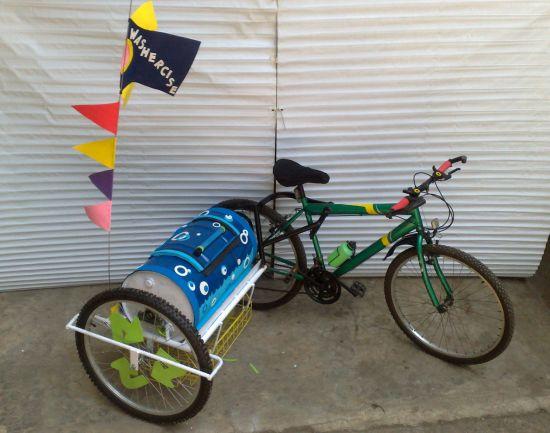 Bike Washing Machine >> Bicycle Powered Washing Machine For Laundry On The Go Designbuzz