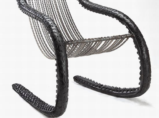 bike wheel and chain chair 01
