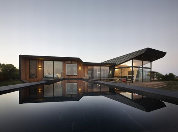 Contemporary Beach House in Coastal Victoria