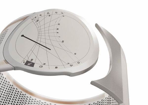 diana solar powered wristwatch 01