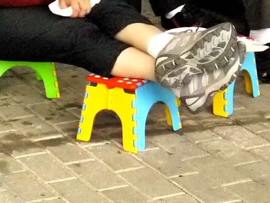 folding stool sightings 01
