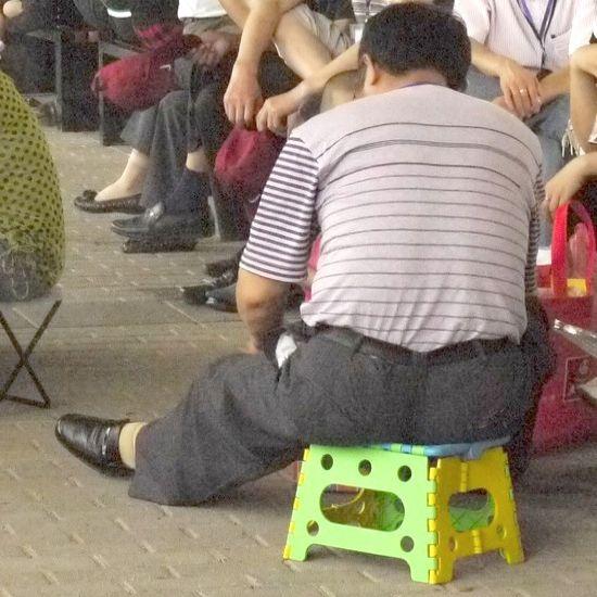 folding stool sightings 06