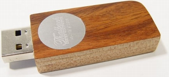 Handcrafted Wooden USB Drives1