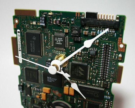 hard drive circuit board desk clock 01