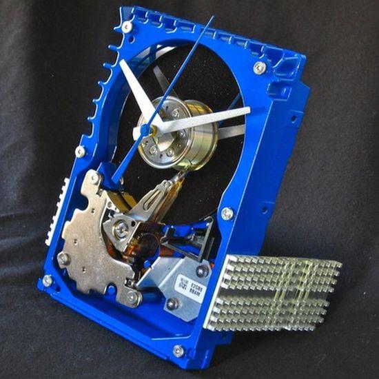 hard drive desk clock 02