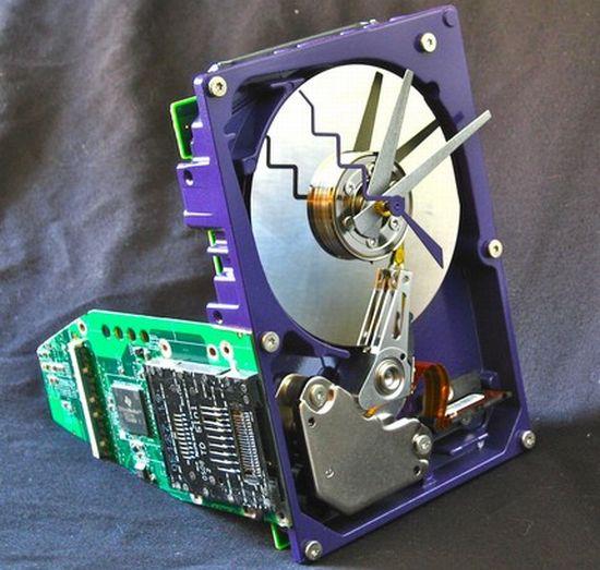 hard drive desk clock