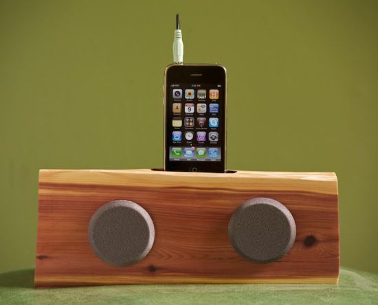 iphone ipod dock with speakers