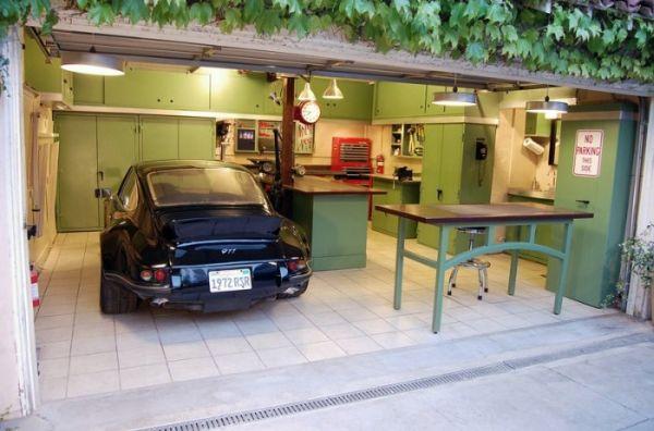 Jack's 12 Gauge Garage