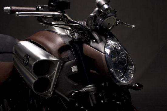 leather vmax bike2