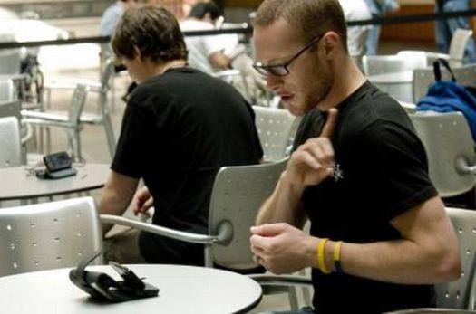 mobileasl cellphone for deaf