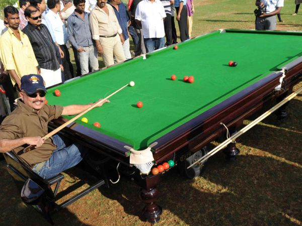 Motorized Snooker Table