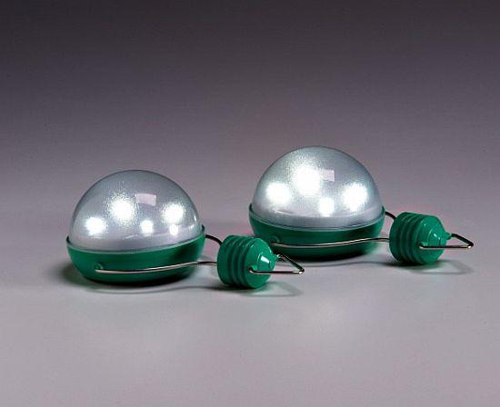 nokero n200 solar powered light bulb  01