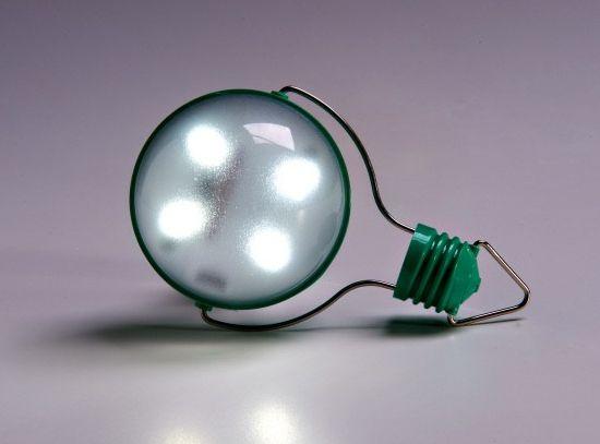 nokero n200 solar powered light bulb  07