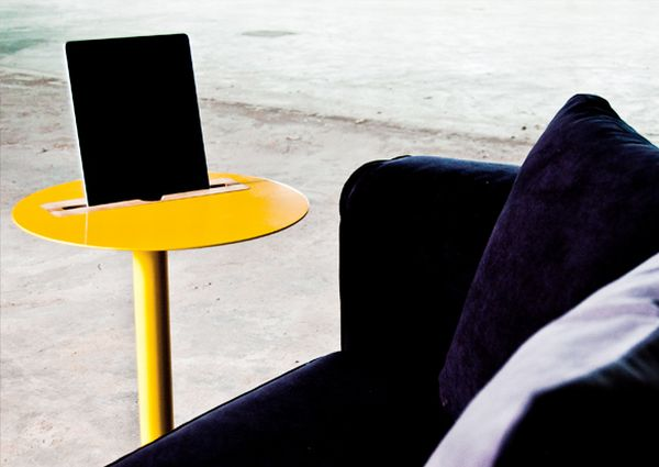 Nomad tablet side table