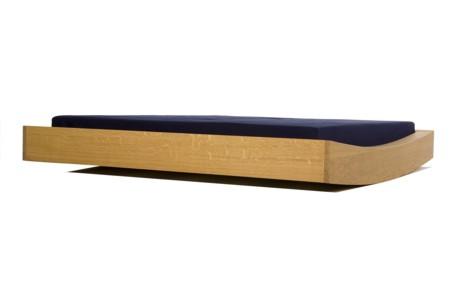 platform bed by raimund gamerith