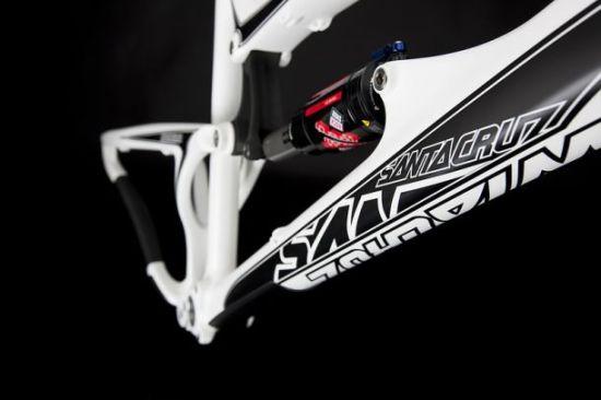 santa cruz carbon fiber nomad c 03