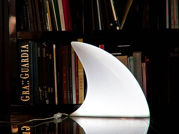 shark lamp 01