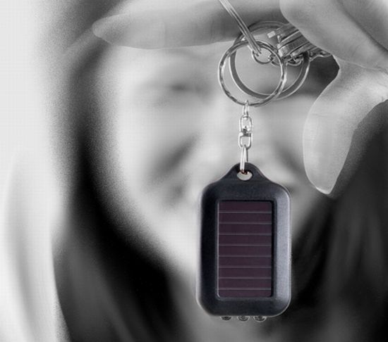 solar powered keychain led light 6