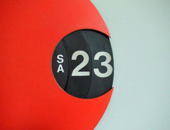 turntable calendar 01