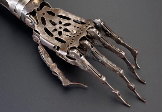 victorian prosthetic arm 2