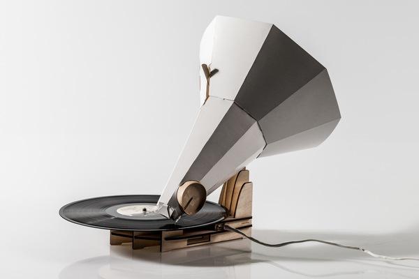 Как сделать из бумаги граммофон