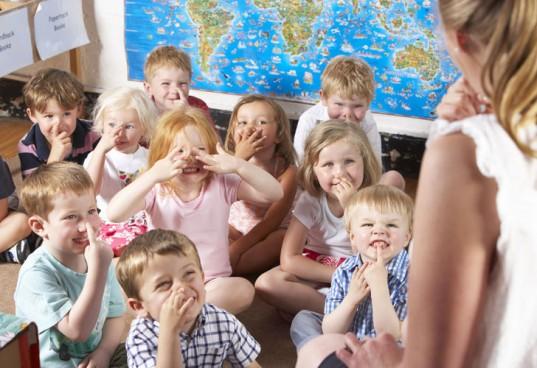 Montessori-classroom1-537x368