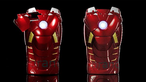 Iron-Man-3-celebration-with-superhero-iPhone-5-case