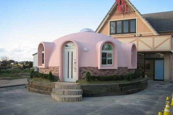 Dome-House-Pink-Japan
