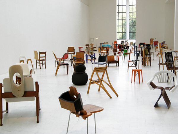 mark_100chairs