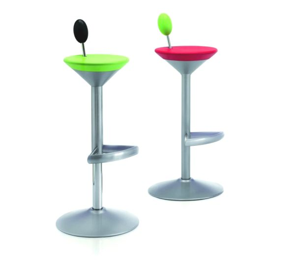 Manhattan-Bar-Stool-01