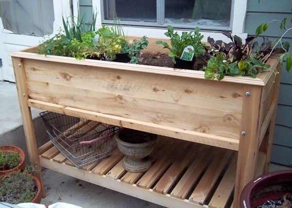Raised Planter Table Web