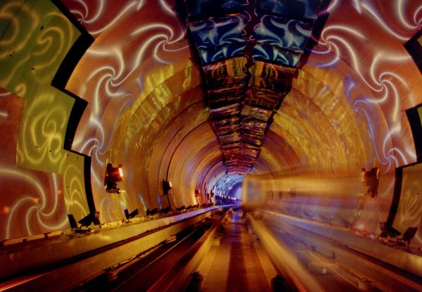 Bund-Sightseeing-Tunnel-Shanghai-2
