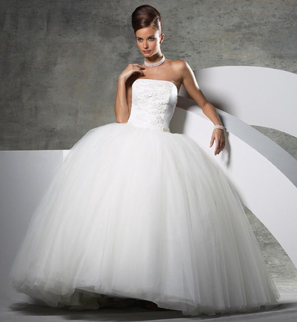 princess-style-wedding-dress-cleaning