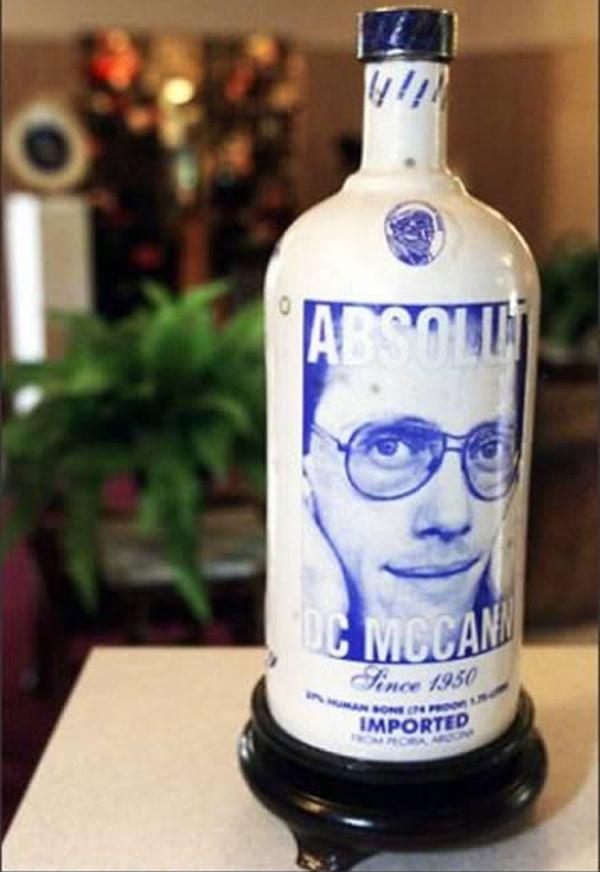 a98273_cremation-urn_9-vodka