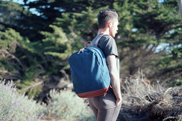2012-joshuvela-zip-backpack-0