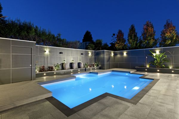 spacious-outdoor-living-space-decorating-ideas-with-square-shape-and-cool-pool-fences-around