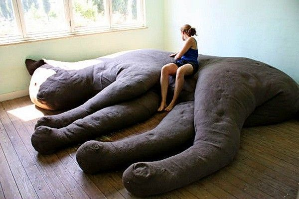 Giant Cat Couch_1