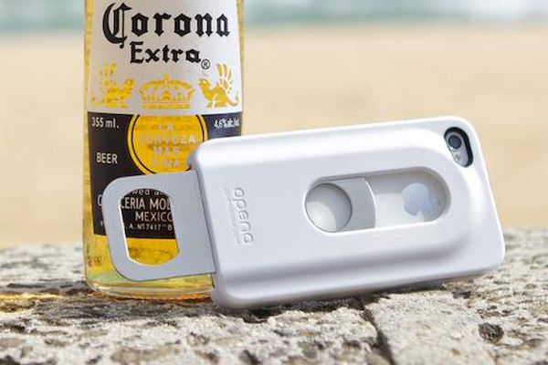The iPhone Case That Opens Beer Bottles_1