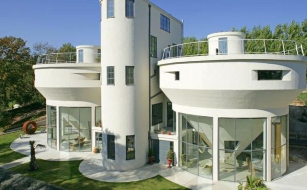 Water-treatment-Plant-converted-into-a-residential-house-in-Kent-England