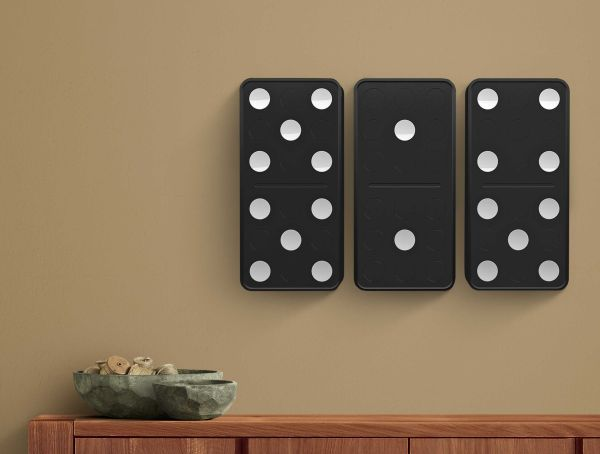 Domino Clock is created by Carbon