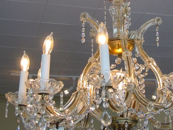 super expensive designer chandeliers that carry the feel of royalty. Black Bedroom Furniture Sets. Home Design Ideas