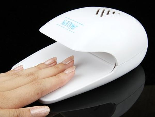 Dryer for nails