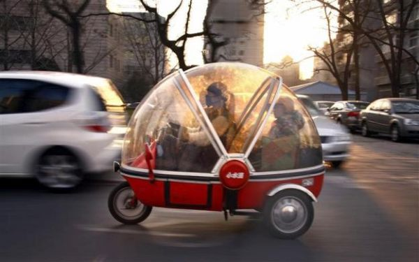 Tricycle capsule