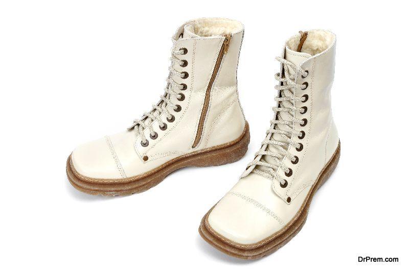 Lace-up-combat-boots