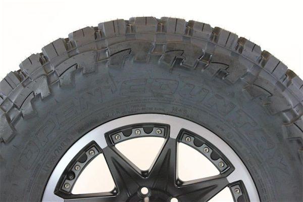 Toyo-Tire-Open-Country-MT-Mud-Terrain-Tir