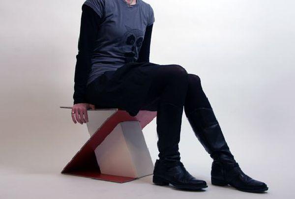Z-tabure cardboard stool