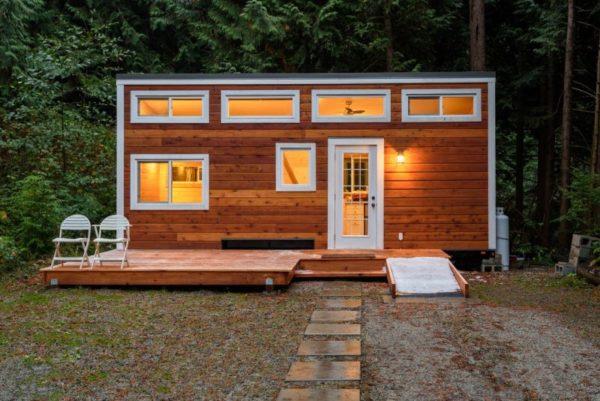 Box Houses for Homeless